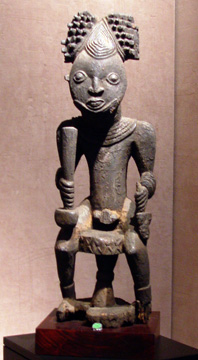 Commemorative figure of a king, Bangwa