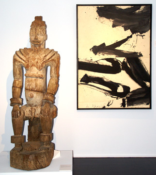 "Urhobo male figure and ""Untitled (Rome series)"" by de Kooning"