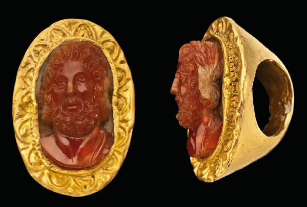 Graeco-Roman gold and carnelian cameo ring