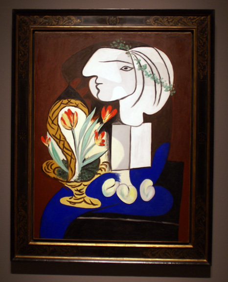 Picasso white lady still life