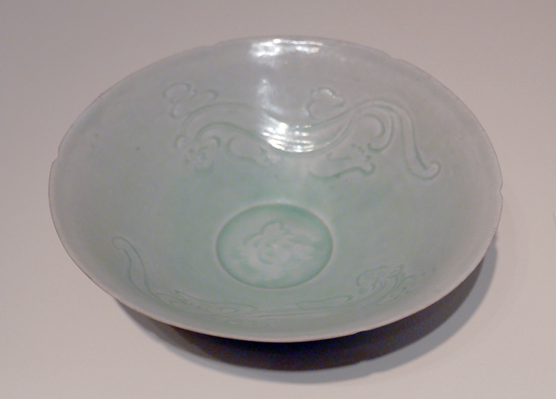 Qingnai Chilong bowl