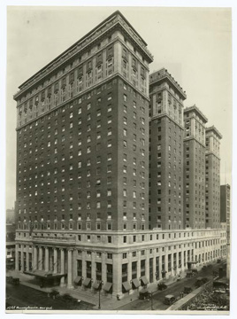 Early photograph of the hotel