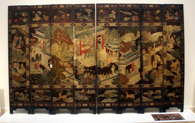 Coromandel screen of 8 panels