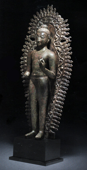 Silver-inlaid bronze figure of Buddha