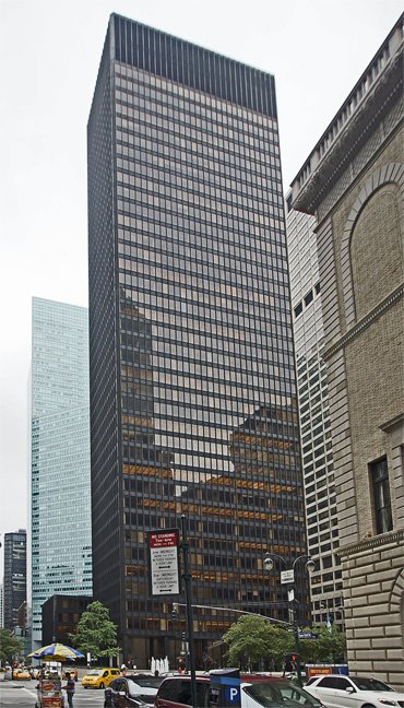 Seagram from the northeast